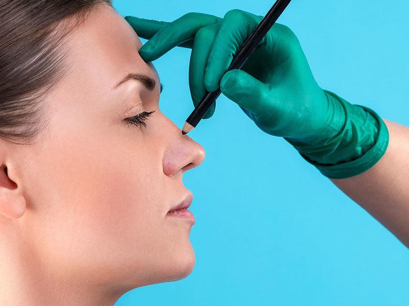 بهترین جراح بینی گوشتی در یزد